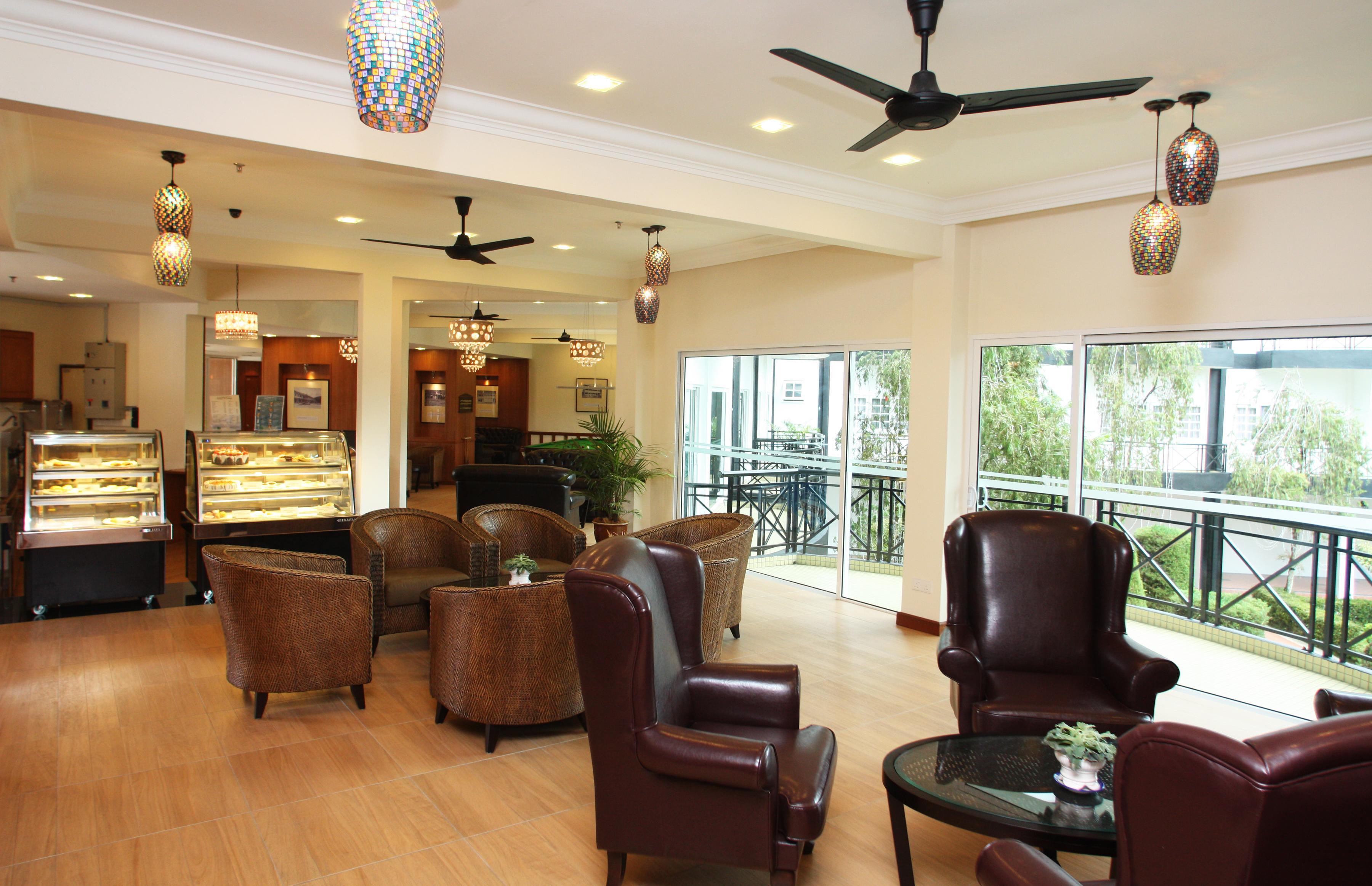 vintage tea lounge