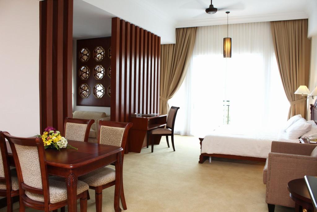 cameron suite